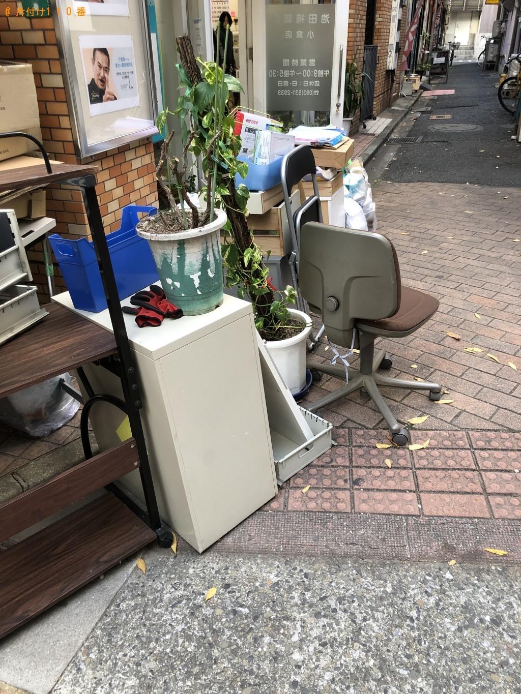 【北九州市小倉北区】ガラステーブル、カウンターテーブル等の回収